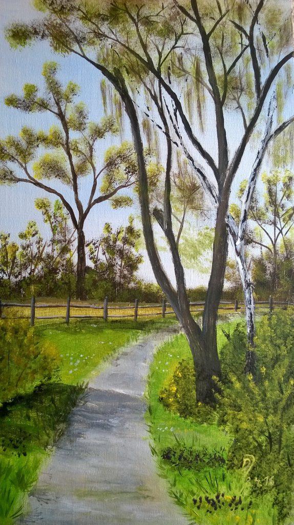 Fruehlingsbild-Weg-mit-Baum-und-Pferdekoppel