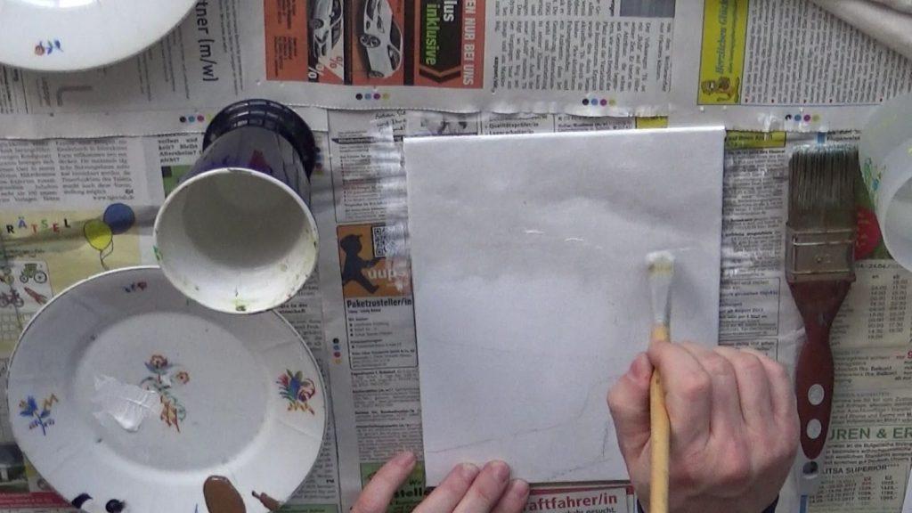 Der wolkenverhangene Himmel wird vorwiegend aus Weiß und wenig Umbra gebrannt sowie noch viel weniger Schwarz gemalt.