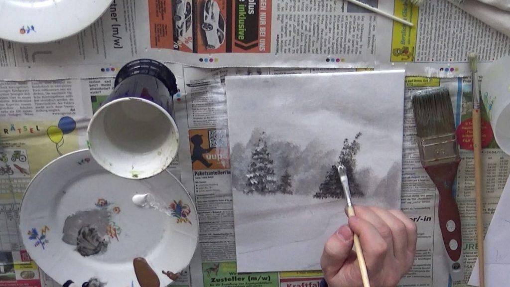 Den Schnee auf den Ästen und Zweigen tupft Ihr nach der gleichen Technik wie die Bäume selbst.